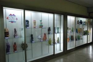coil pot display