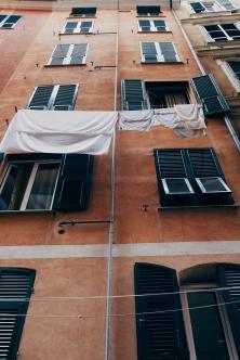 Urban clothes lines