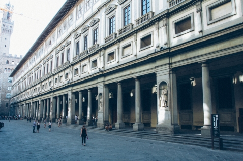 Uffizi right at opening, Caitlin dusting all of us.