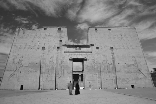 The entrance to Edfu temple.